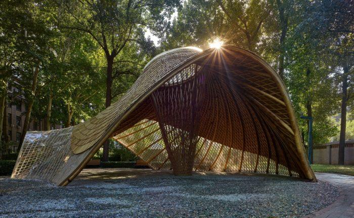 Swirling Cloud: Bulletin Pavilion for BJFU Garden Festival   SUP Atelier