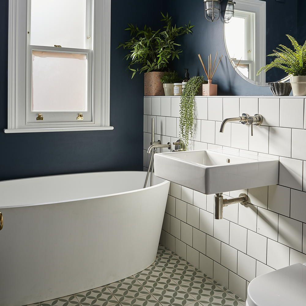 10 Tips To Create Stunning Bathroom, Tiny Bathroom Ideas
