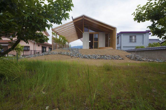 Half Barn at Hashimoto | Ryuichi Ashizawa Architects & Associates
