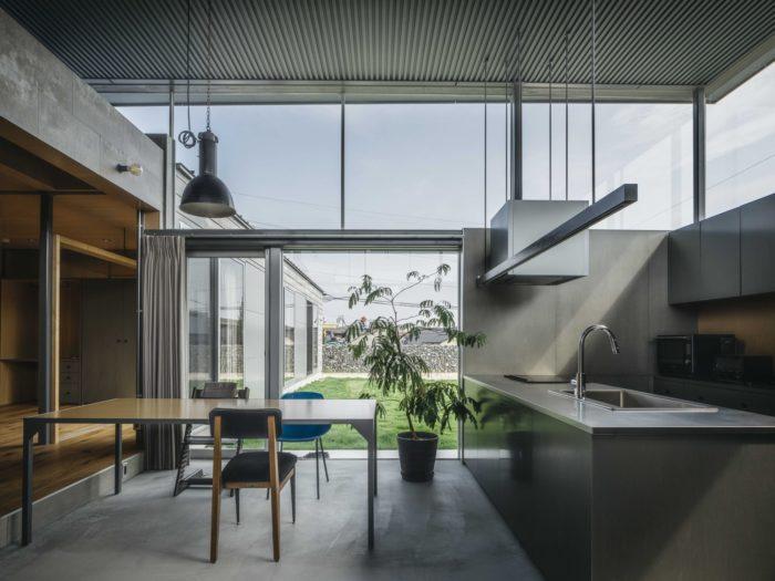 House in Iizuka | Peak Studio
