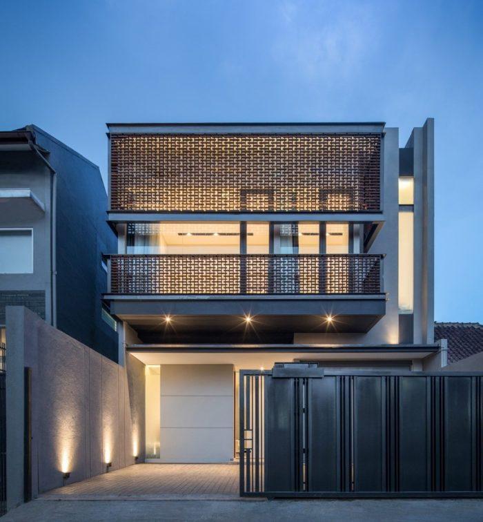 LF HOUSE | Rakta Studio