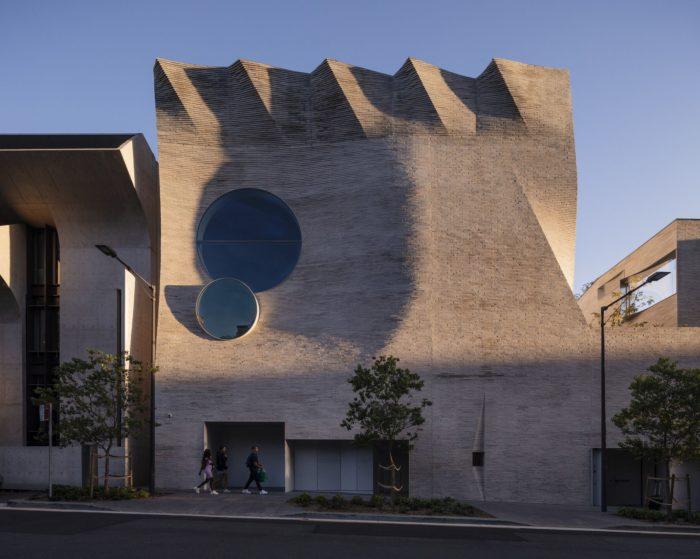 Phoenix Central Park Gallery | John Wardle Architects + Durbach Block Jaggers