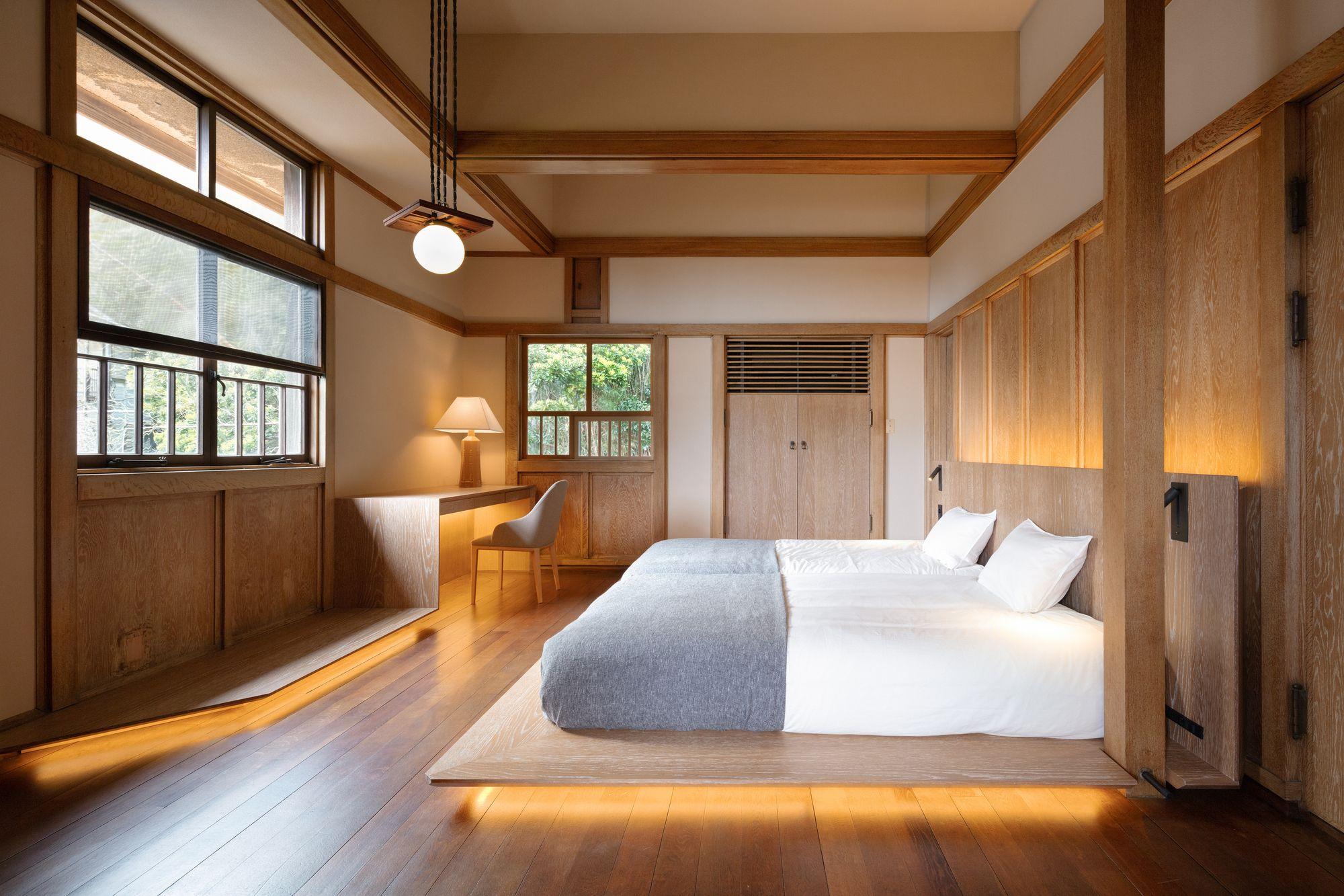 Renovation of Frank Lloyd Wright Prairie Style Villa into a Hotel | Kamiya Architects