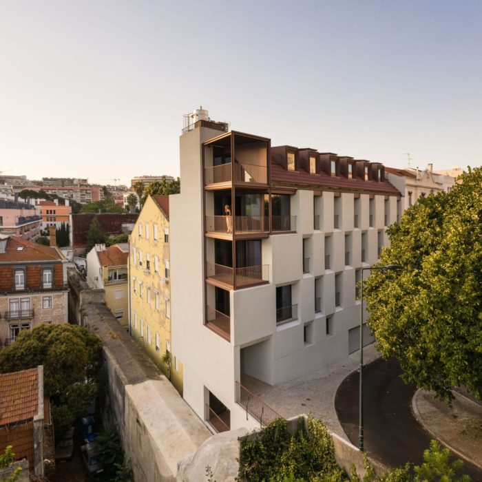 Residential Building by the Aqueduct l António Costa Lima Arquitectos